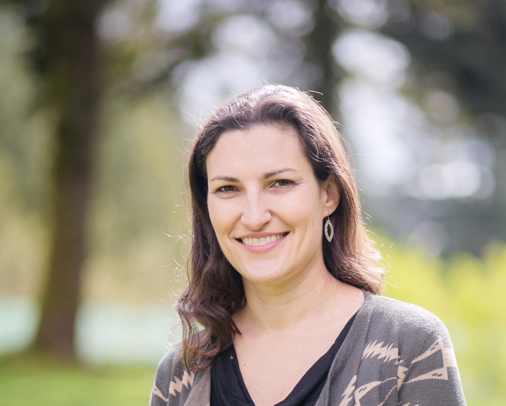 Photo of Dr. Jessica Metcalfe
