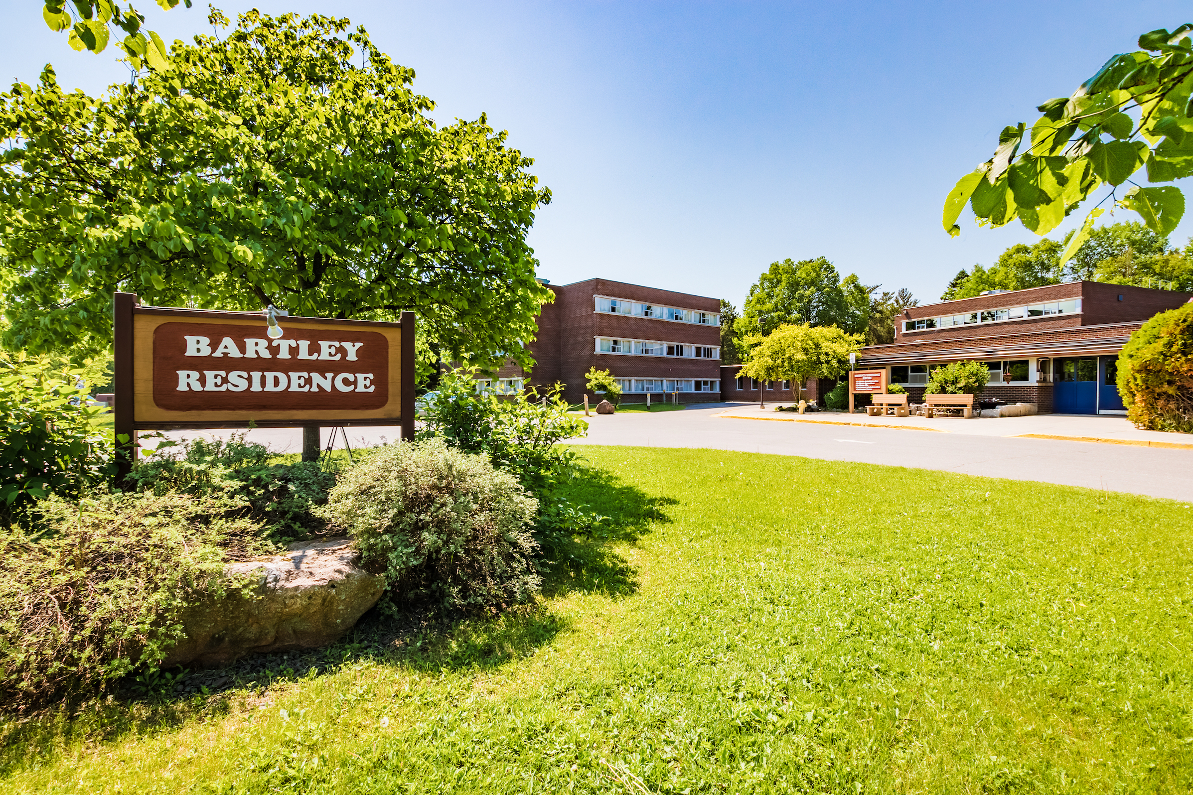 An outdoor view of residence at Lakehead University.