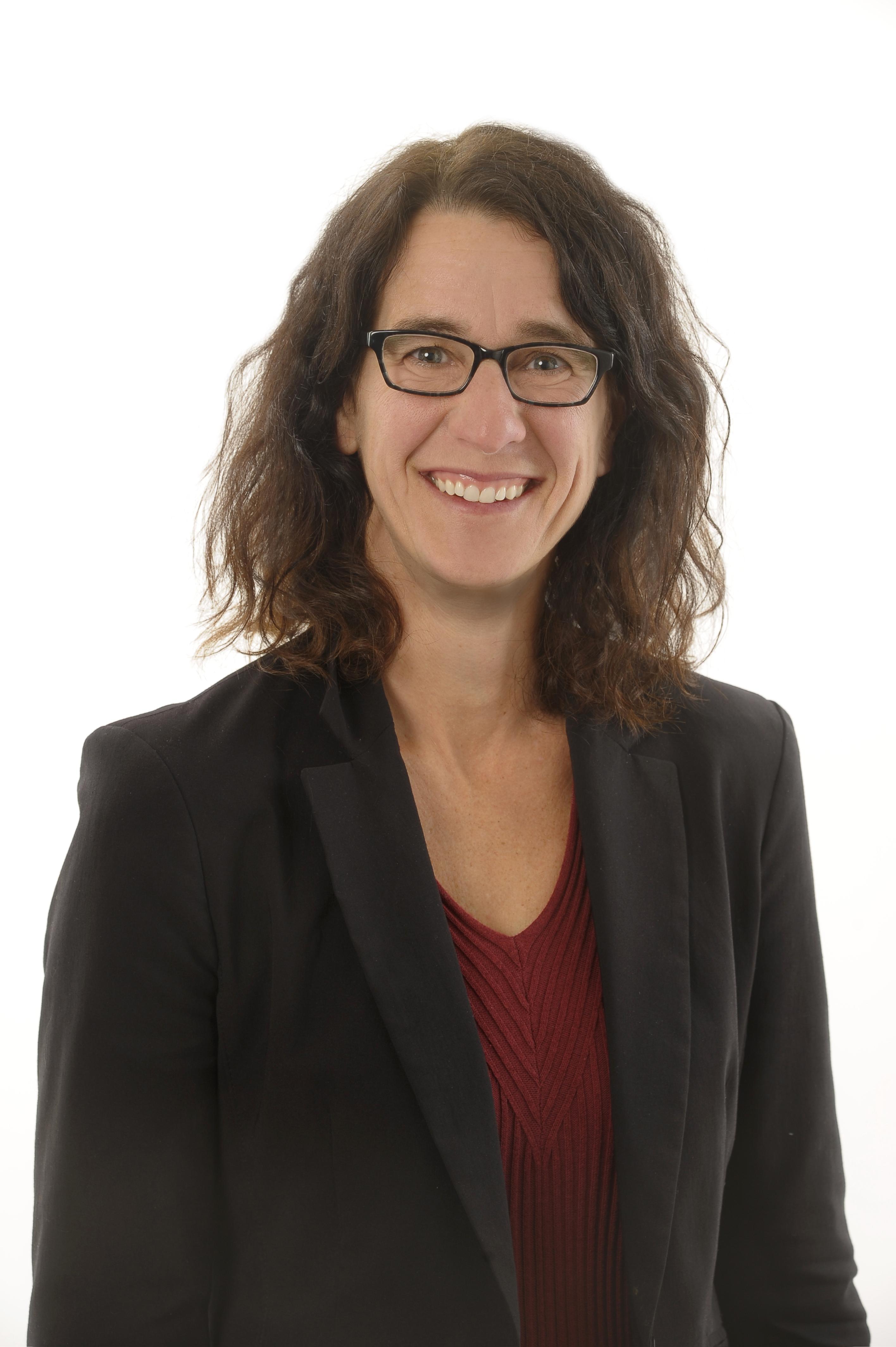 Headshot of Dr. Lori Chambers senior scientist