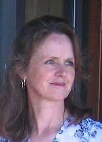 Portrait photo of Terri Rizzo