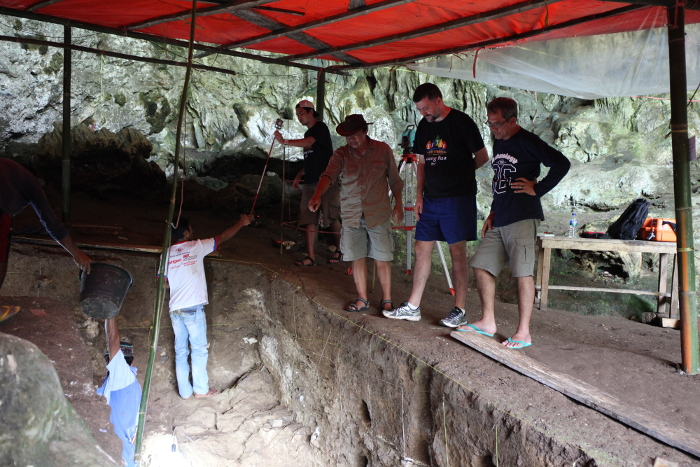 Photo of Dr. Matt Tocheri at the Liang Bua site with Dr. Thomas Sutikna.