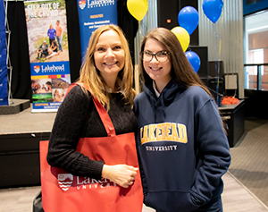 Mother and daughter at Lakehead recruitment event