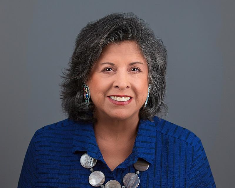Headshot of Cynthia Wesley-Esquimaux