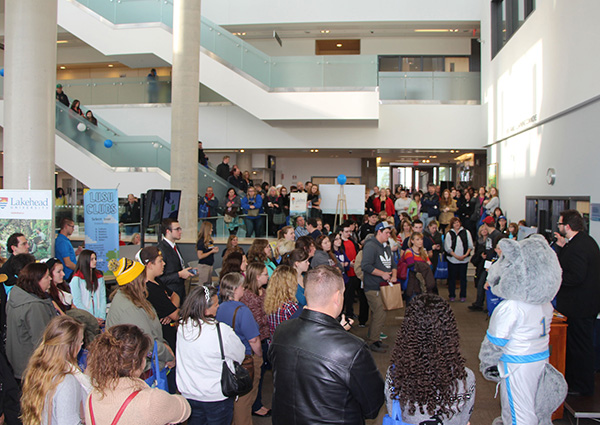Prospective students from across the province are expected to visit Lakehead Orillia for its Fall Preview Day on Saturday, October 25.